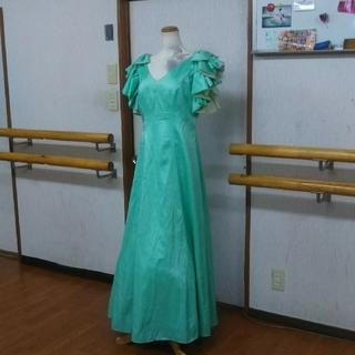 大幅値下げドレス エメラドルグリーン 神秘的(ロングドレス)