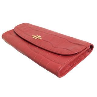 コーチ(COACH)のコーチ/COACHクロクワニ皮タイプの高級感のある二つ折り長財布赤(財布)