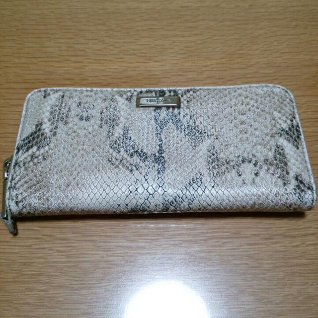 105b87f85b40 Cole Haan(コールハーン)のコールハーン パイソン柄 長財布 レディースのファッション