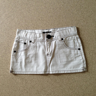エルエーゲート(LA GATE)の白ミニスカート♡チューブトップ(ミニスカート)