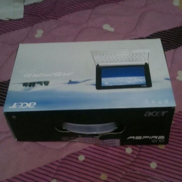 Acer(エイサー)のネットブック(Windows10)、HDD、LANケーブル等 スマホ/家電/カメラのPC/タブレット(ノートPC)の商品写真
