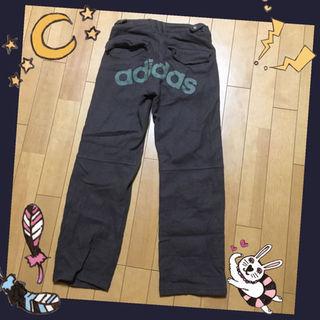 アディダス(adidas)のadidas レディースパンツ♡(ワークパンツ/カーゴパンツ)