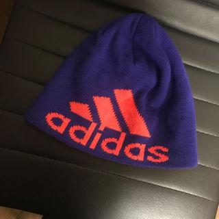 アディダス(adidas)の56センチ adidas ニット帽    アディダス(帽子)