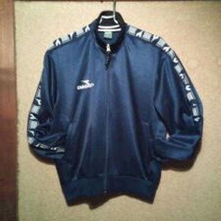 ディアドラ(DIADORA)のディアドラのトレーニングジャケット(ジャージ)!メンズM 紺 2913(ジャージ)