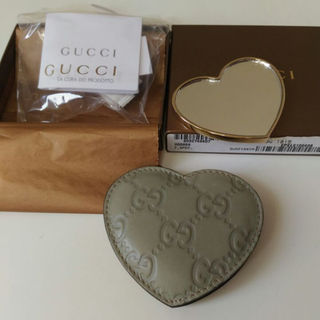 8c58ef0bc67f グッチ(Gucci)の未使用 GUCCI グッチ ミラー 鏡 本革 メイクポーチ ハート