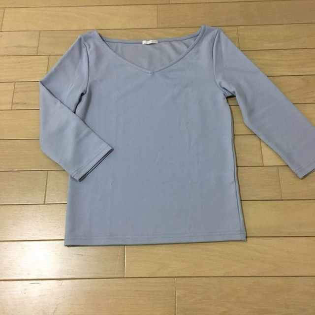 GU(ジーユー)の【GU】レディース☆7分袖 VネックTシャツ レディースのトップス(Tシャツ(長袖/七分))の商品写真