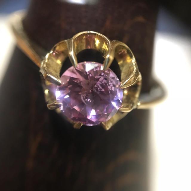 【週末限定値下げ】 K18  天然ジルコン 菊爪リング レディースのアクセサリー(リング(指輪))の商品写真