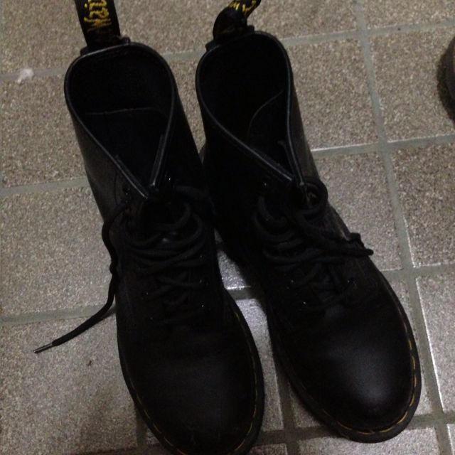 Dr.Martens(ドクターマーチン)のDr.martens黒ブーツ レディースの靴/シューズ(ブーツ)の商品写真