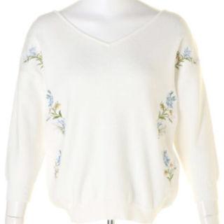 リランドチュール(Rirandture)の刺繍7分袖前後Vニット(ニット/セーター)