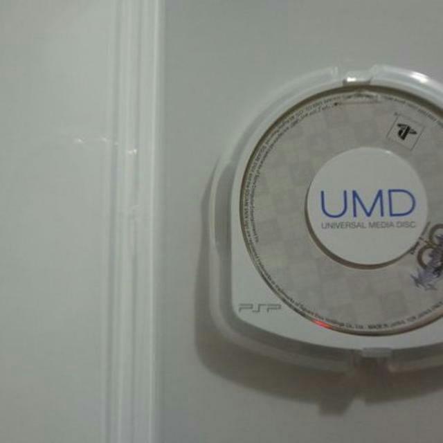 PlayStation Portable(プレイステーションポータブル)の※説なし「送料無料」PSP キングダムハーツ  バース バイ スリープ  エンタメ/ホビーのテレビゲーム(家庭用ゲームソフト)の商品写真