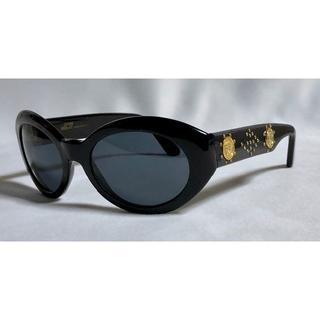 ジャンニヴェルサーチ(Gianni Versace)の正規良 ヴェルサーチ 2連メデューサロゴ×スタッズ装飾 サングラス 黒×ゴールド(サングラス/メガネ)