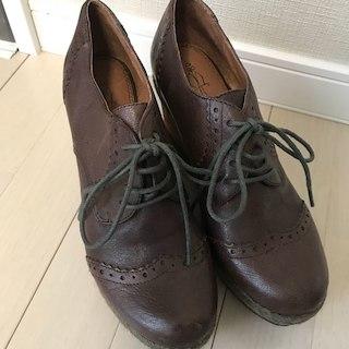 アシナガオジサン(あしながおじさん)の未使用あしながおじさんウェッジ革靴size22.5㎝(ローファー/革靴)