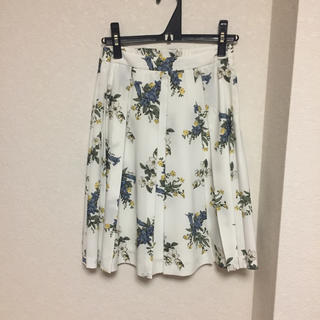 ノエラ(Noela)の専用(ひざ丈スカート)