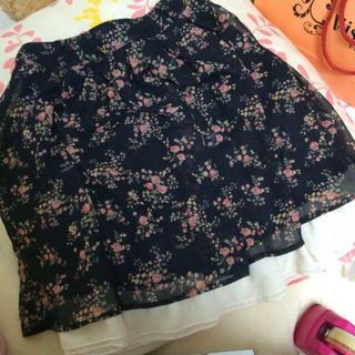 ハニーズ(HONEYS)の花柄 シフォンスカート(ひざ丈スカート)