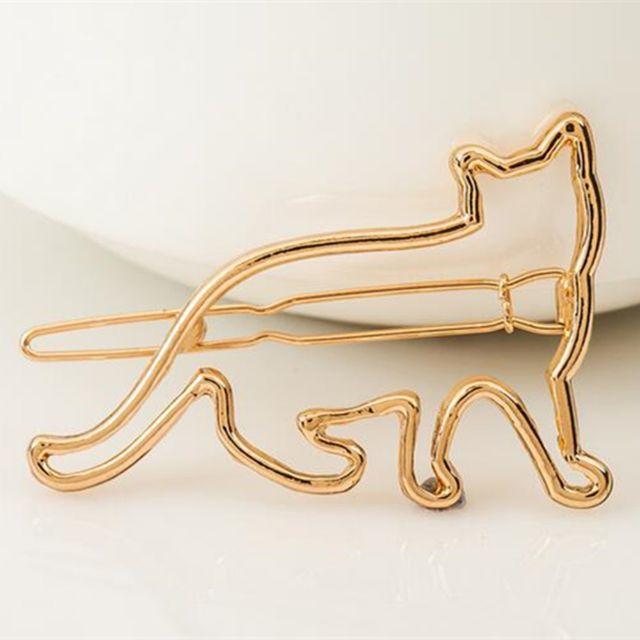 猫ヘアピン♪ ゴールド・シルバー♪ お得な2本セット♪ 新品未使用品♪ 送料無料 レディースのヘアアクセサリー(ヘアピン)の商品写真