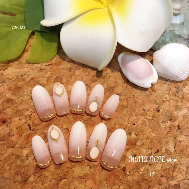 (15)ホワイトグラデネイル⭐︎即発送可能⭐︎ コスメ/美容のネイル(つけ爪/ネイルチップ)の商品写真
