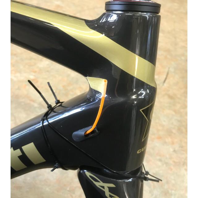 (冬SALE特価) グエルチョッティ『エウレカDX50カーボン』Mサイズ  スポーツ/アウトドアの自転車(自転車本体)の商品写真