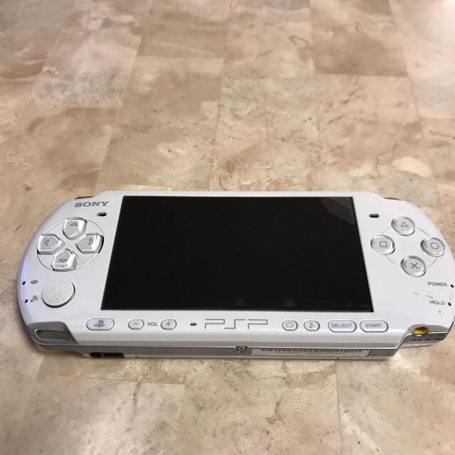 PlayStation Portable(プレイステーションポータブル)のPSP エンタメ/ホビーのテレビゲーム(家庭用ゲーム本体)の商品写真
