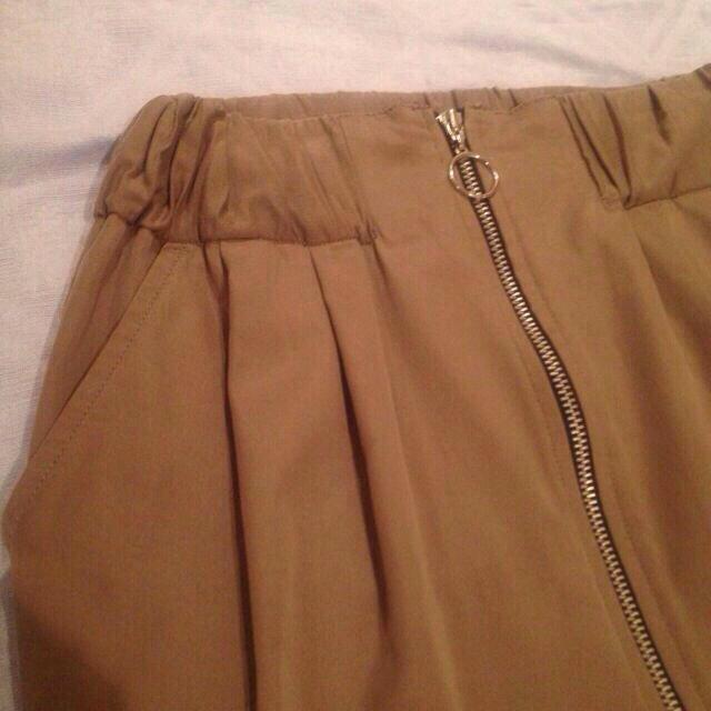 DENDROBIUM(デンドロビウム)のDENDROBIUMベージュミニスカ♥︎ レディースのスカート(ミニスカート)の商品写真
