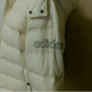 アディダス(adidas)のお値下げ♪ 新品タグ付き adidas ダウンジャケット(ダウンジャケット)