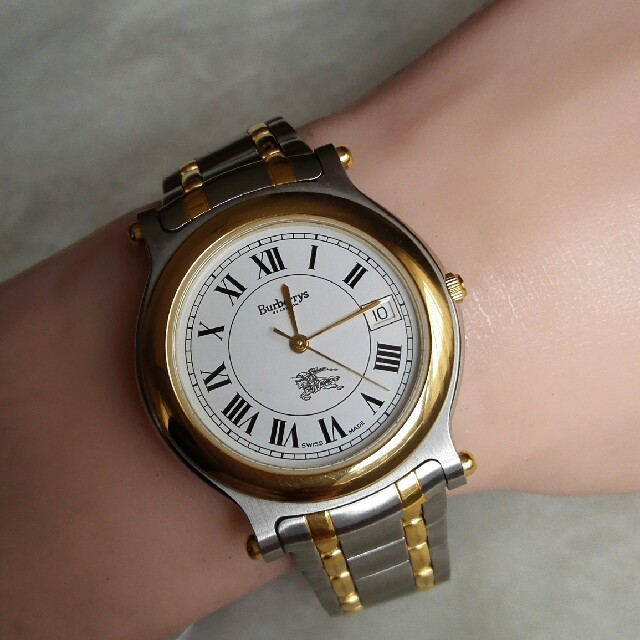 1057802a0a BURBERRY(バーバリー)のバーバリー腕時計 8100 クォーツ レディースのファッション小物(腕時計)