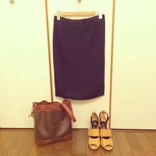 バーニーズニューヨーク(BARNEYS NEW YORK)の店頭発売前*秋物ニットスカート(ひざ丈スカート)