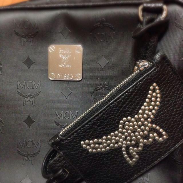 MCM(エムシーエム)のMCM 黒リュック レディースのバッグ(リュック/バックパック)の商品写真