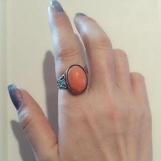 カラーストーンのアンティークリング コーラルピンク(リング(指輪))