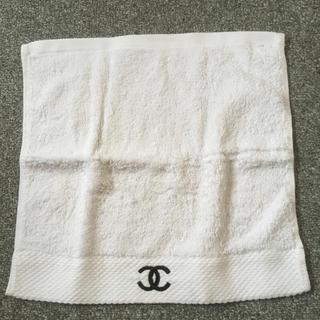シャネル(CHANEL)のシャネル ハンドタオル 新品未使用品❤️ 海外免税店購入品(ハンカチ)