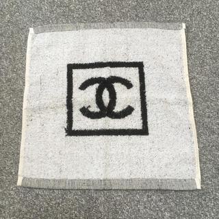 シャネル(CHANEL)のシャネル ハンドタオル❤️ 新品未使用品 海外免税店で購入(ハンカチ)