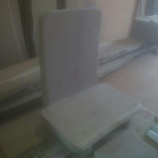 YUZ(プロフ必読)様専用天然木の石仏様用台(家具)