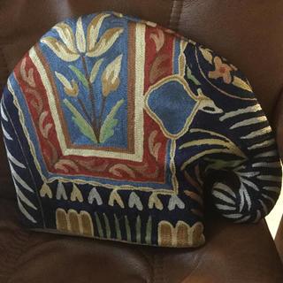 ハロッズ(Harrods)の未使用  刺繍ゾウのポットカバー(テーブル用品)