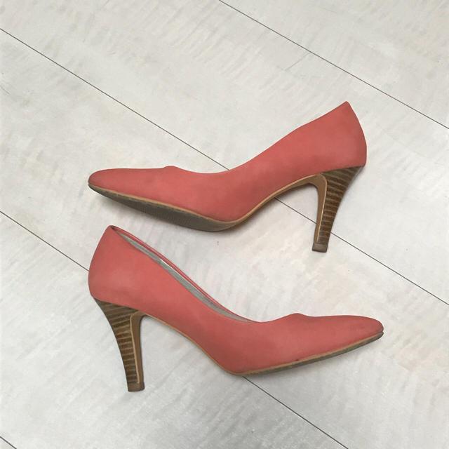 ORiental TRaffic(オリエンタルトラフィック)のオリエンタルトラフィック ピンクスエードパンプス レディースの靴/シューズ(ハイヒール/パンプス)の商品写真