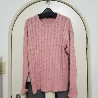 スピンズ(SPINNS)のLサイズ SPINNS ピンク セーター メンズケーブルニットセーター(ニット/セーター)