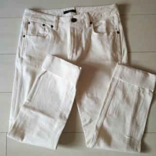 アーバンリサーチロッソ(URBAN RESEARCH ROSSO)のアーバンリサーチ❤白パンツ(カジュアルパンツ)