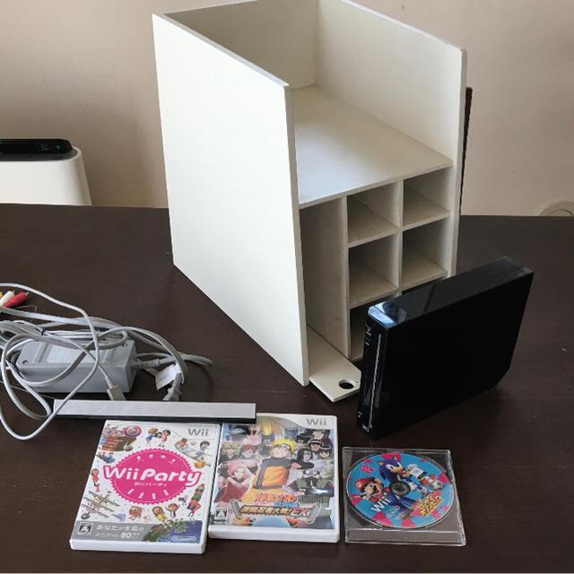 Wii(ウィー)の任天堂wii 本体、ラックセット エンタメ/ホビーのテレビゲーム(家庭用ゲーム本体)の商品写真