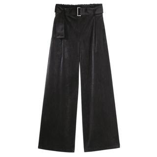 ジーユー(GU)のGUジーユーベルト付きベロアワイドパンツブラックサイズS(カジュアルパンツ)
