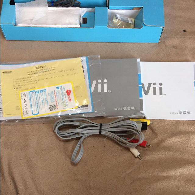 Wii(ウィー)の美品★Wii シロ 本体 箱付き 動作確認済み エンタメ/ホビーのテレビゲーム(家庭用ゲーム本体)の商品写真