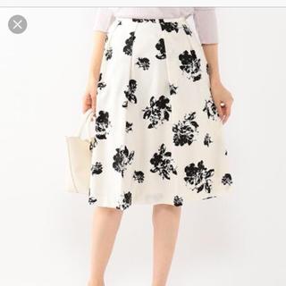 アルファキュービック(ALPHA CUBIC)の花柄フレアスカート(ひざ丈スカート)