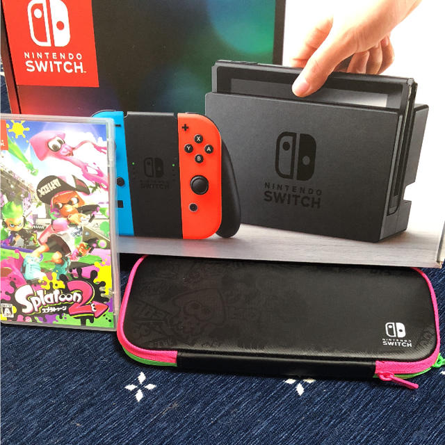 Nintendo Switch(ニンテンドースイッチ)の任天堂Switch スプラトゥーン エンタメ/ホビーのテレビゲーム(家庭用ゲーム本体)の商品写真