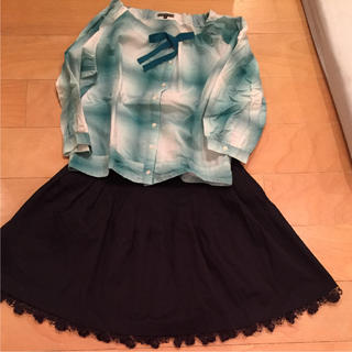セタイチロウ(seta ichiro)の黒の厚手のコットンの縁のレースがとても綺麗なスカート(ひざ丈スカート)