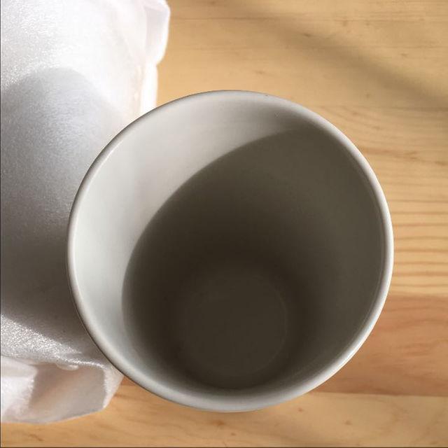 ラッセントレー/プラストリベット(鍋敷き) 2,310円 · 奥の水切り/ラバーゼ/ステンレス水切りかご(小) 6,300円 (カトラリー用水切りは無印 良品)