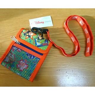 ディズニー(Disney)の☆未使用 トイストーリー ネックストラップ付き パスケース 子供用 財布 (財布)