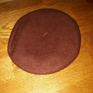 アースミュージックアンドエコロジー(earth music & ecology)のアースミュージック&エコロジー  ポムポムプリン  サンリオ ベレー帽 ブラウン(ハンチング/ベレー帽)