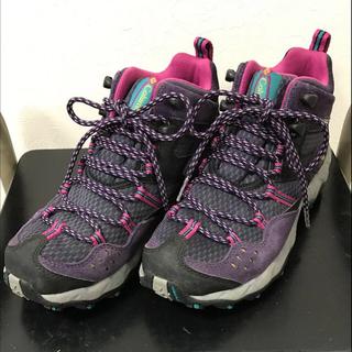 コロンビア(Columbia)の登山靴(ブーツ)