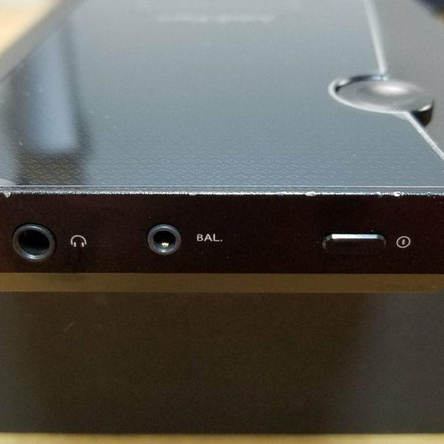 iriver(アイリバー)のAstell&Kern AK300 64GB ミッドナイトブラック スマホ/家電/カメラのオーディオ機器(ポータブルプレーヤー)の商品写真