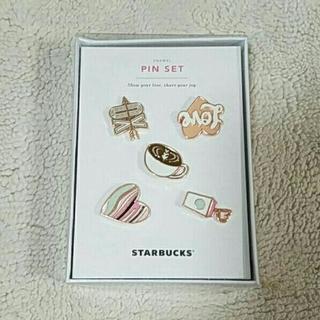 スターバックスコーヒー(Starbucks Coffee)のスターバックス☆バレンタイン ピンバッジ セット 韓国(バッジ/ピンバッジ)