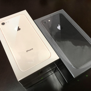 アイフォーン(iPhone)のiPhone8 256GB 4台セット SIMロック解除済み(スマートフォン本体)