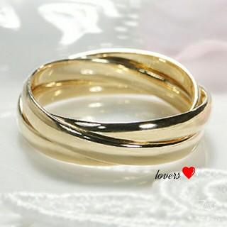 送料無料 13号 ゴールドサージカルステンレス3連リング トリニティリング指輪 (リング(指輪))