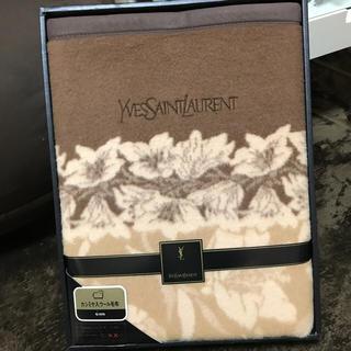 イヴサンローランボーテ(Yves Saint Laurent Beaute)のYVSSAINTLAURENT イヴ・サンローラン毛布(毛布)